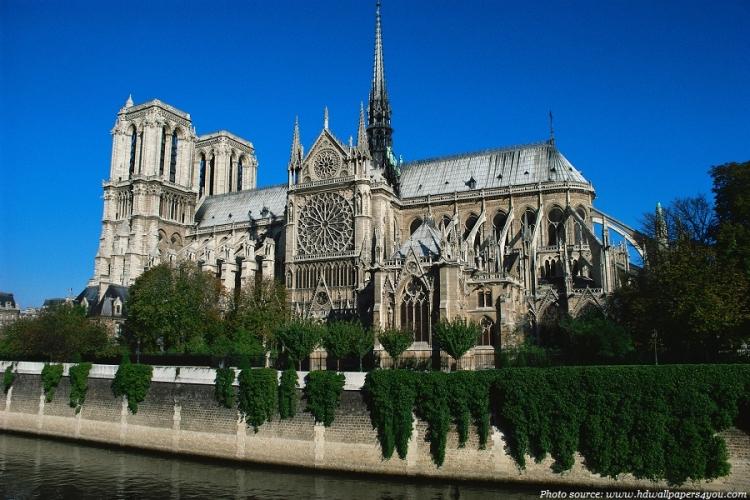 Парисын Дарь эхийн сүм хүн төрөлхтний соёлын үнэт өв болохыг батлах 9 баримт